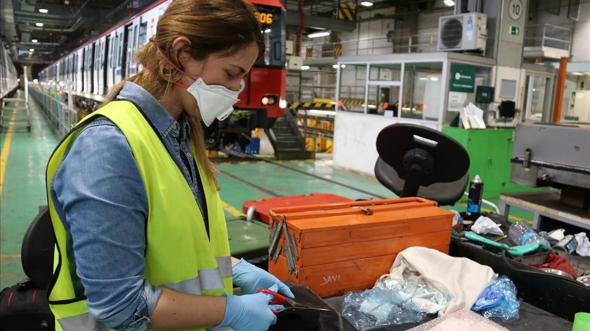 TMB reconeix el primer treballador en actiu afectat per l'amiant