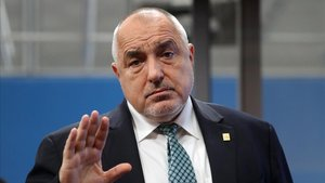 Tempesta a Bulgària per la investigació de blanqueig que apunta al primer ministre búlgar