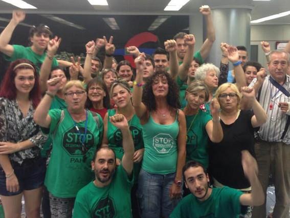 La Pah De Castellar Ocupa Una Oficina De Ibercaja En Sabadell