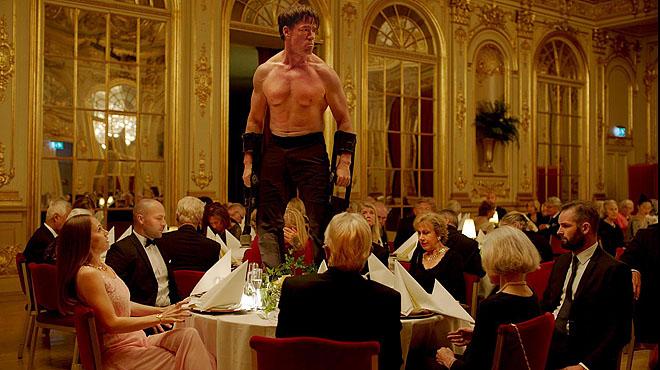 Tràiler oficial de The Square, Palma dOr a Cannes.