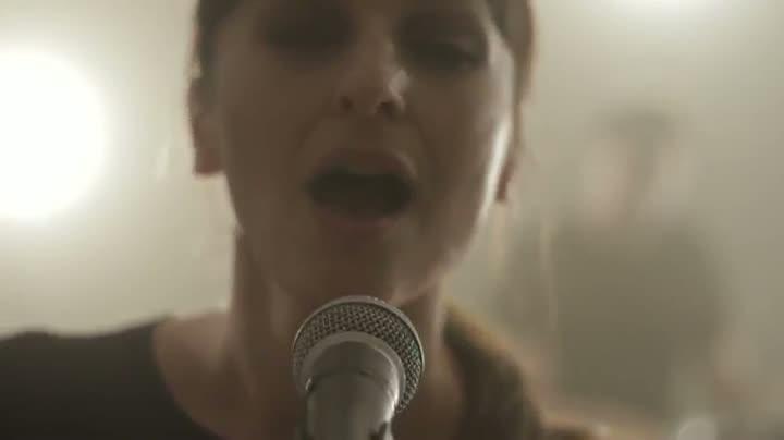 La canción Kelly de la banda barcelonesa Julieta Jones.