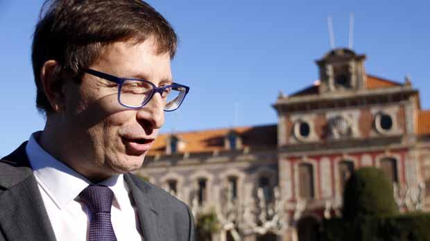 Carles Mundó anuncia que volverá a ejercer de abogado y deja la vida politica institucional.