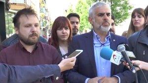 El alcaldable de Ciudadanos en Santa Coloma, Dimas Gragera, junto alportavoz de Cs en el Parlament, Carlos Carrizosa.