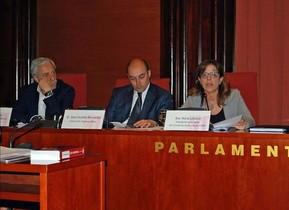 Jaume Peral y Saül Gordillo, directores de TV-3 y Catalunya Ràdio, respectivamente, y Núria Llorach, presidenta en funciones de la CCMA.