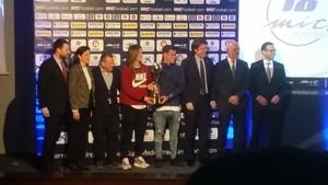 Philippe Coutinho junto a Alexia Putellas, en el acto del MIC Football.