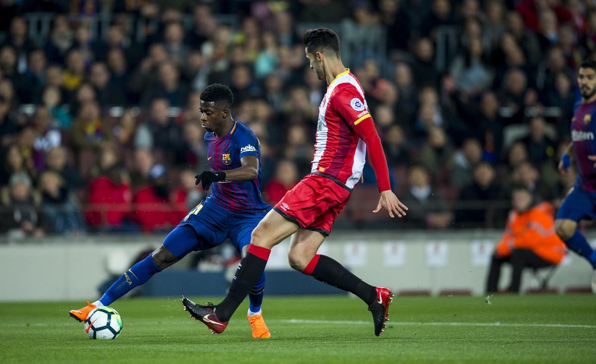 Dembélé, durante una jugada de ataque en el 6-1 del Barça al Girona, en el Camp Nou.