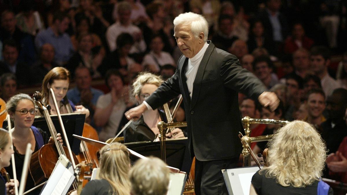 El director de orquesta Vladimir Ashkenazy