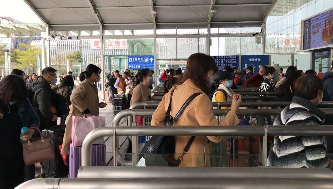 Elevan a 17 las muertes en China a causa del coronavirus