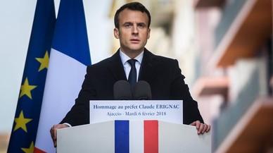 Macron envía un mensaje de firmeza a los nacionalistas corsos