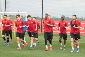 Los jugadores del Girona, esta semana, durante un entrenamiento.
