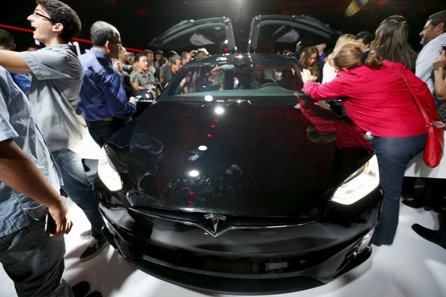 Expectación ante el nuevo Model X de Tesla.