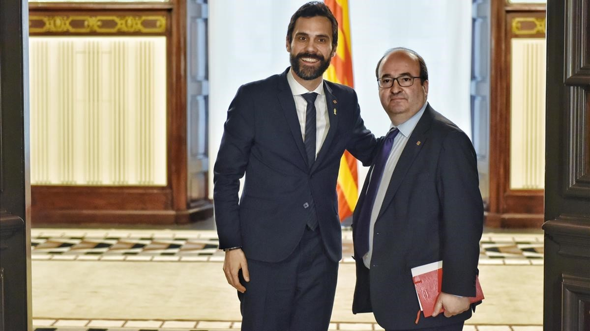 Ferran Torrent y Miquel Iceta posan instantes antes de la reunión.
