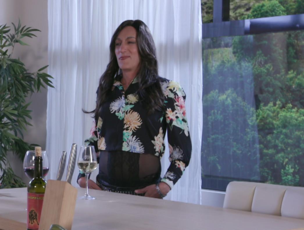 Mariló Montero, a la que imita David Fernández, en una imagen de Homo zapping.