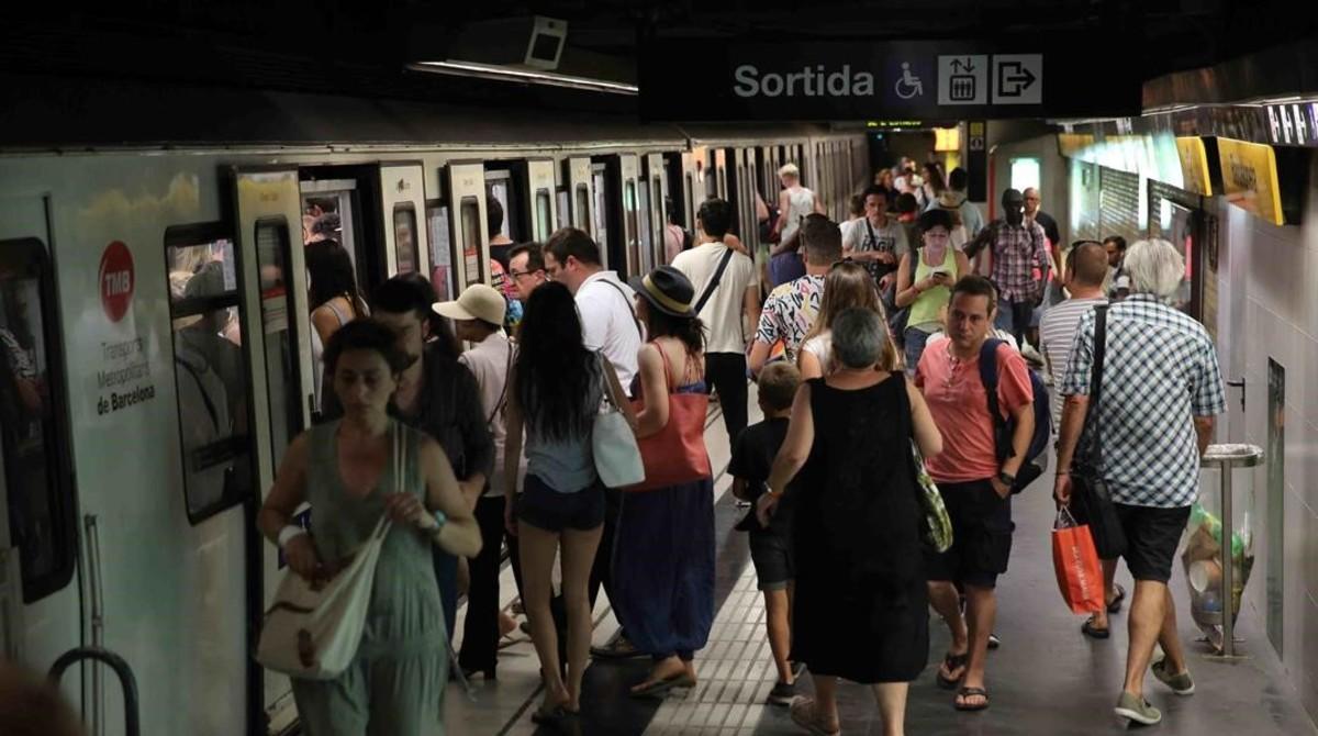 Estaación de la Línea 4 del metro de Barcelona