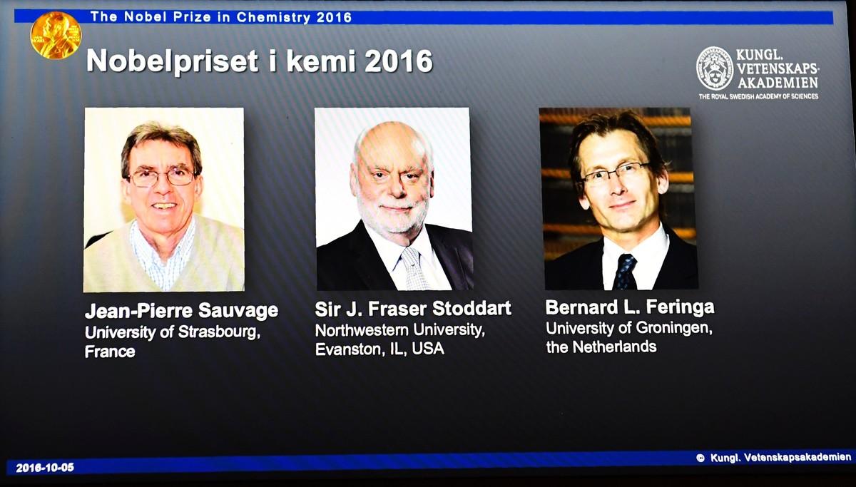 De izquierda a derecha, Jean-Pierre Sauvage, J. Fraser Stoddart y Bernard L. Feringa, Nobel de Química 2016.