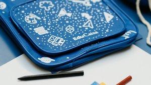 Kit escolar de la Fundación La Caixa.