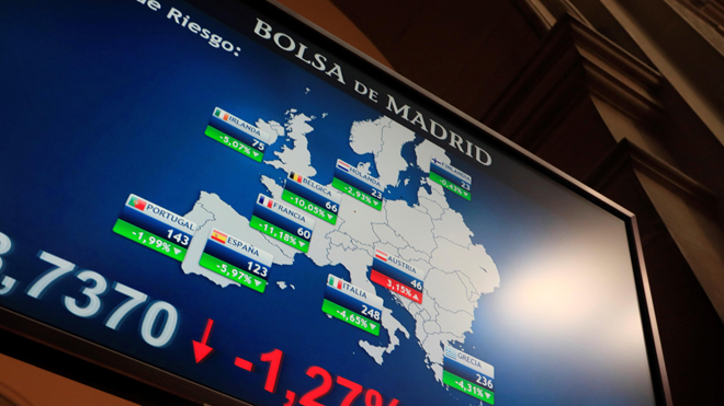 Las bolsas europeas se desploman pese a la actuación de los bancos centrales.