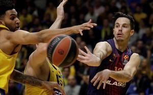 El Barça no nota l''efecte Julbe' i cau a Tel Aviv