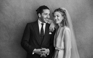 Marta Ortega es casa amb Carlos Torretta vestida de Valentino