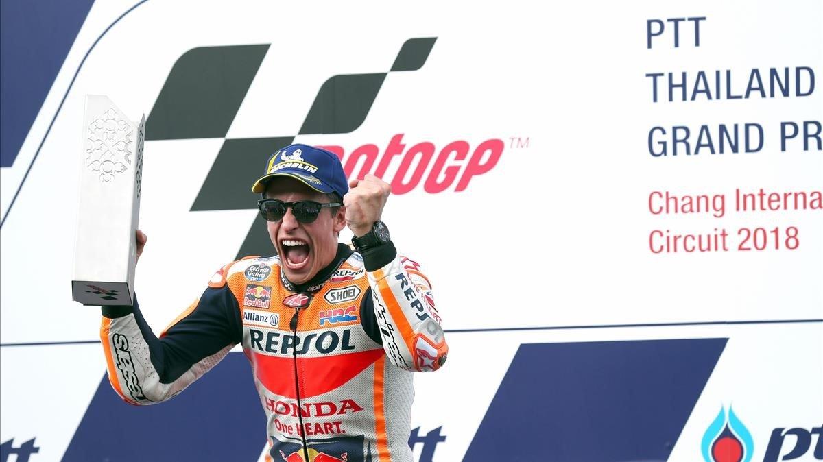 Marc Márquez celebra un nueva victoria en el GP de Tailandia