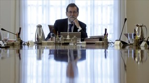 Mariano Rajoy durante el Consejo de Ministros extraordinario del pasado día 7 de septiembre convocado para recurrirla ley del referéndum.