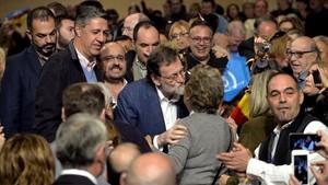 Mariano Rajoy y Xavier García Albiol en el acto de campaña del PPC en Salou.