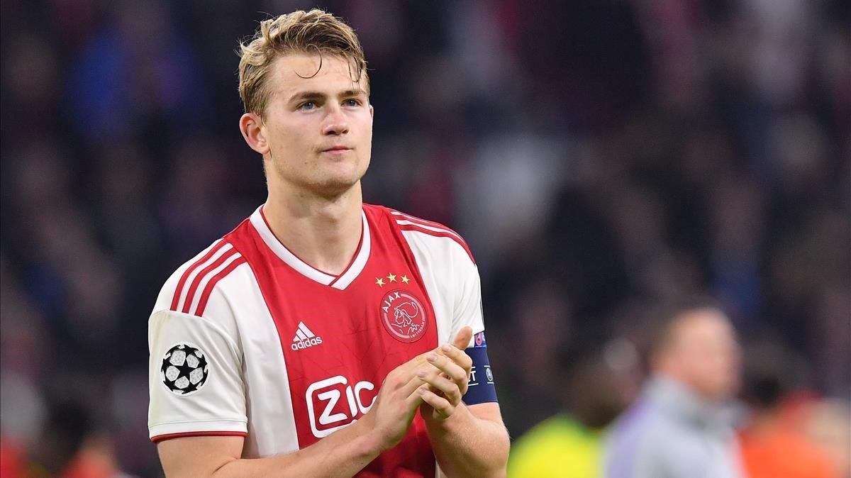 Matthijs De Ligt, capitán del Ajax, en el encuentro frente al Tottenham por Champions.