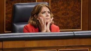 La ministra Dolores Delgado durante el pleno en el Congreso de los Diputados.