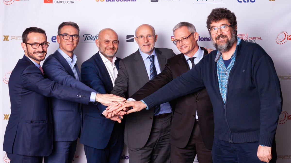 Acuerdo proyecto5G de MWCapital, Ficosa, Seat, Telefónica,Etran e i2CAT, para convertir Barcelonaen un referente de tecnología.