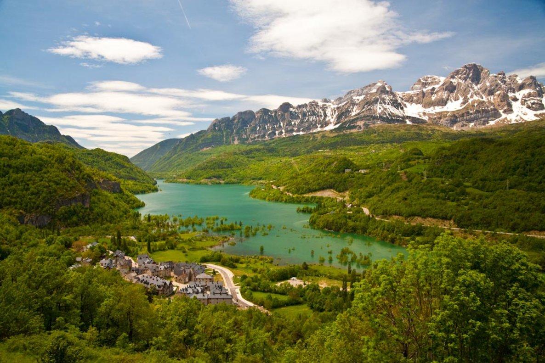 Mor un muntanyenc al caure a la cara nord del Balaitús, a Osca