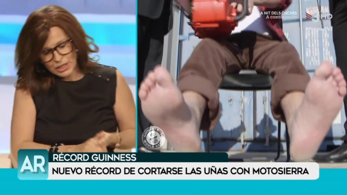 Ana Rosa Quintana Feet parodia de ana rosa quintana (polònia, tv-3). tú y yo somos tres. por  ferran monegal