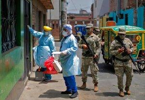 Campaña de vacunación contra difteria en Perú.