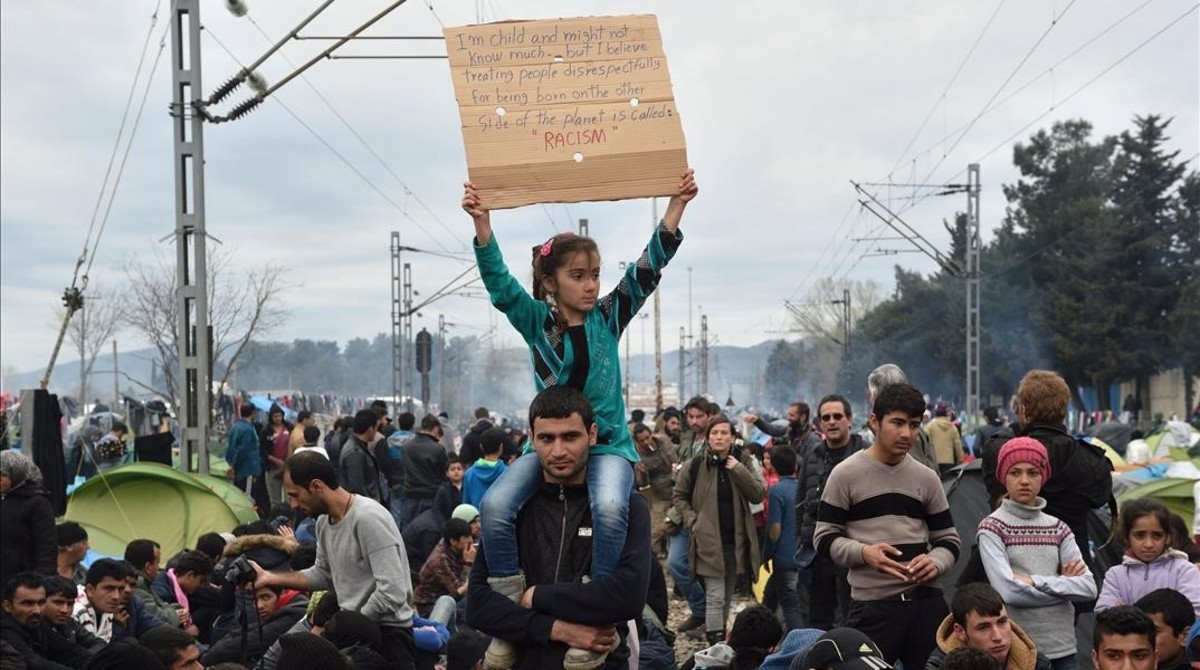 Protesta de los refugiados de Idomeni pidiendo que se abra la frontera con Macedonia.