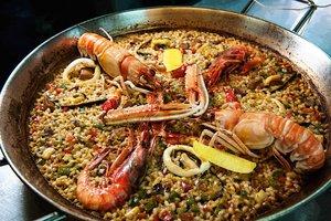 La paella fue el plato estrella del Día Mundial de la Tapa en La Paz.