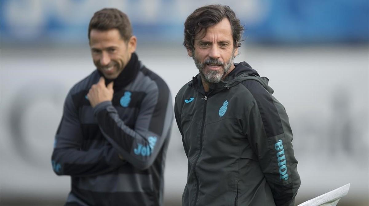 Tamudo y Quique Sánchez Flores, en un entrenamiento del Espanyol.