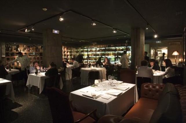 Speakeasy, el almacén de Dry Martini reconvertido en restaurante.