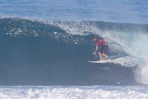El surfista estadounidense profesional Kolohe Andino, el lunes en Hawai.