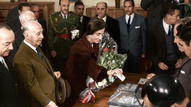 Tráiler de la serie documental 'España después de la guerra: el franquismo en color', de DMax