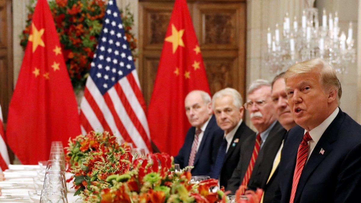 Trump paralitza el seu pla de pujar els aranzels a la Xina