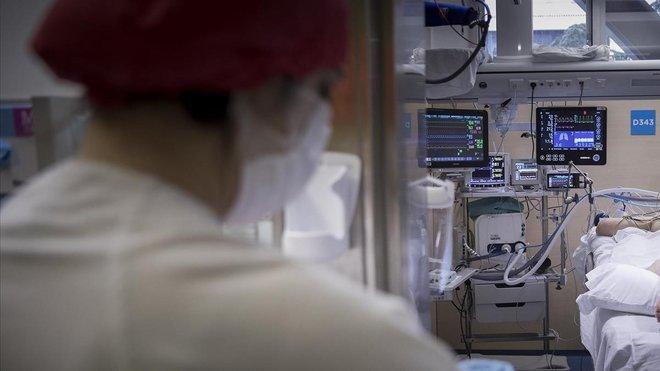 Madre e hija están ingresadas en el Hospital del Vall d'Hebron de Barcelona.