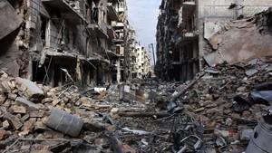 Una imagen de diciembre del 2016 muestra la destrucción en el barrio Al Shaar, en Alepo.