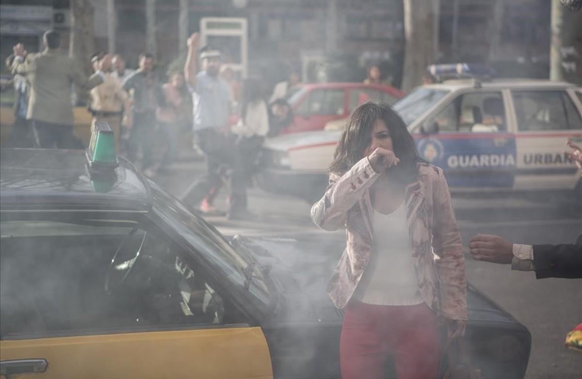 Secuencia del capítulo del atentado de Hipercor, con Irene Visedo en el papel de Inés.