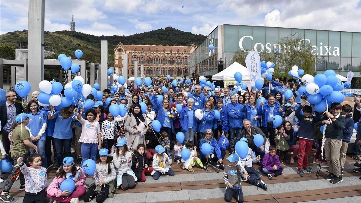 Voluntarios de La Caixa celebran el Día del Voluntario, este sábado.