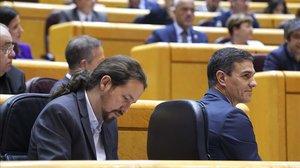 Pablo Iglesias y Pedro Sánchez, el pasado martes en el Senado.