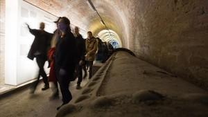 Visita guiada al túnel subterráneo de la Casa de lAigua.