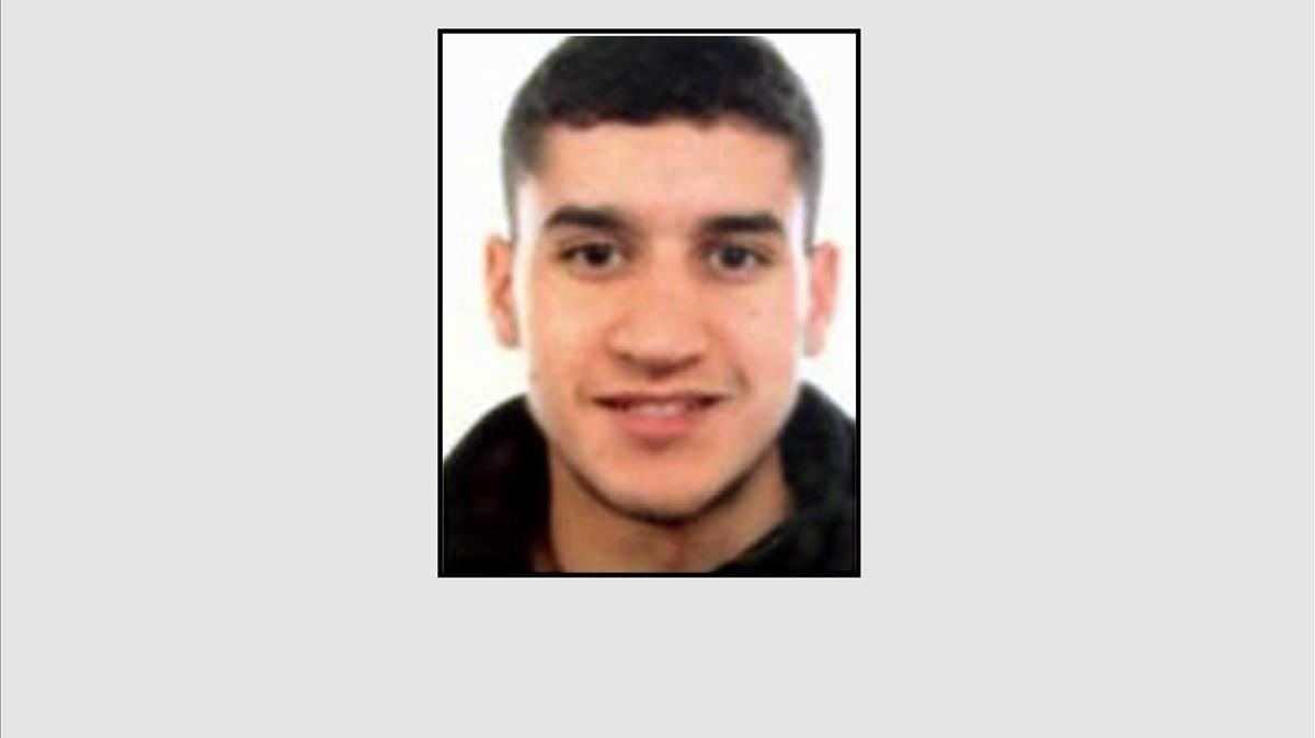 Younes Abouyaaqqub, uno de los sospechosos del atentado de Barcelona.