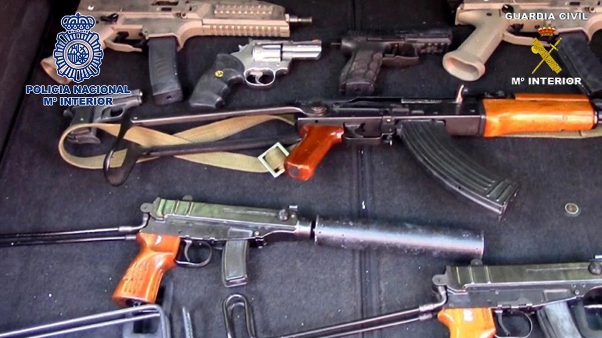Arsenal de armas localizadas en Málaga.
