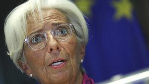 Lagarde anticipa que el PIB de l'eurozona caurà entre un 8% i un 12% el 2020