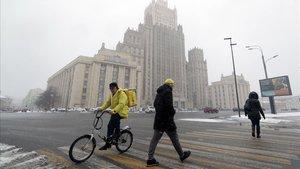 Rússia imposarà dures penes als qui violin el confinament