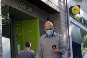 Barclay's calcula que la fusió entre Bankia i CaixaBank suposarà el tancament de 1.440 oficines